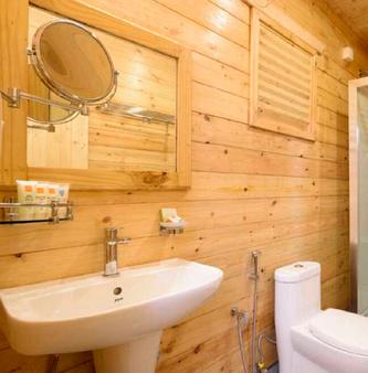 Baga Hideout Resort - Calangute - Bathroom