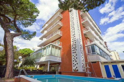 Hotel Ridolfi - Cervia - Toà nhà
