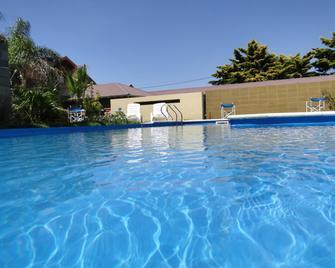 Hotel Barrancas San Pedro - San Pedro - Zwembad