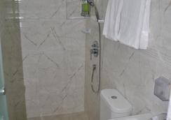 Jayleen Clarke Quay Hotel - Singapore - Bathroom