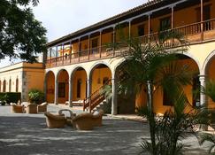 La Hacienda Del Buen Suceso - Las Palmas de Gran Canaria - Edifici