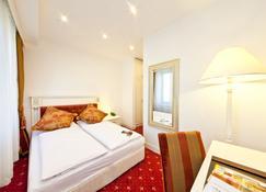 ノーヴム ビジネス ホテル ユニーク ドルトムント ハウプトバーンホフ - ドルトムント - 寝室
