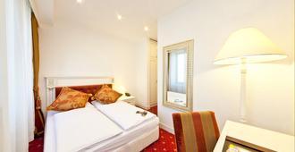 Hotel Unique Dortmund Hauptbahnhof - Dortmund - Bedroom