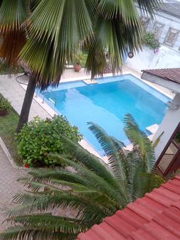 La Paradise Inn - Άκκρα - Πισίνα