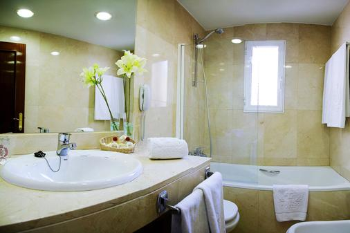 Emperador - Madrid - Bathroom