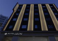 Hotel Leon Meguro - Tokyo - Building