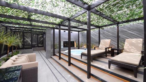 Hotel Leon Meguro - Tokio - Parveke