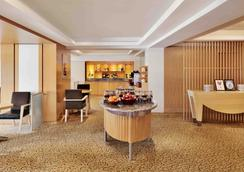 Courtyard by Marriott Chennai - Τσεννάι - Σαλόνι