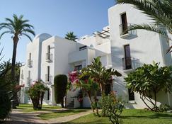 Apartamentos Best Club Pueblo Indalo - Mojacar - Building