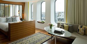 Renaissance Paris Republique Hotel - Paris