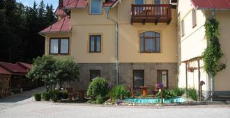 Rezydencja Pod Szczytami - Szklarska Poręba - Building