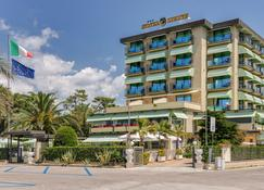 Hotel Siesta - Camaiore - Rakennus