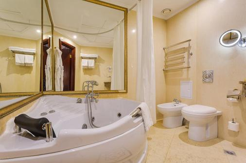 The Rooms Boutique Hotel - Moscow - Bathroom