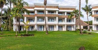 Bahia Principe Grand Tulum - Akumal - Gebäude