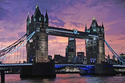 The California - London - Attractions