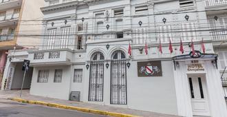 Hotel Gonçalves - Porto Alegre - Building