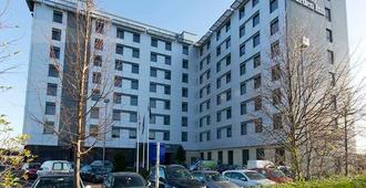 Hilton Garden Inn London Heathrow Airport - Hounslow