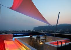 Bayhill Pool & Villa - Seogwipo - Rooftop
