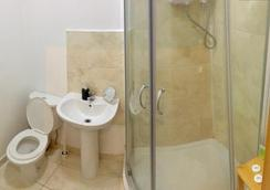 101 Stay - London - Bathroom