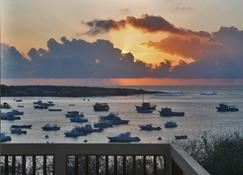 加里歐當套房飯店 - Puerto Baquerizo Moreno - 室外景