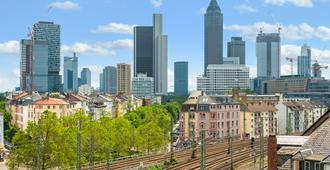 Oben Apartments - Frankfurt - Näkymät ulkona