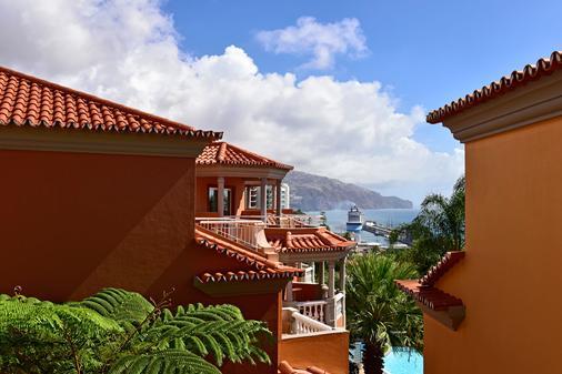 Pestana Village Garden Hotel - Funchal - Building