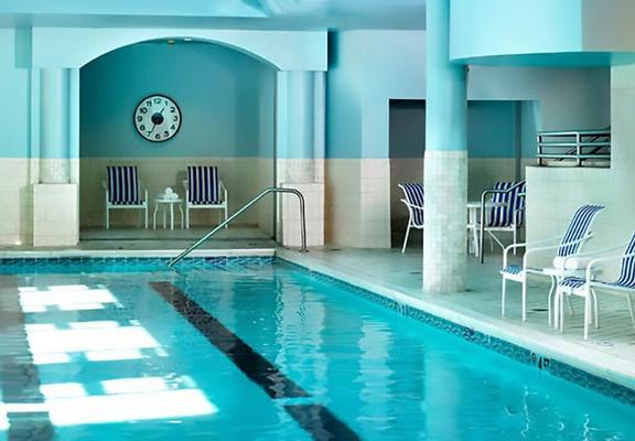 Cincinnati Marriott at RiverCenter - Covington - Pool