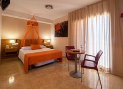 Archs Hotel Rural - Sant Jaume dels Domenys - Bedroom