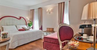Infinity Hotel Roma - Rooma - Makuuhuone