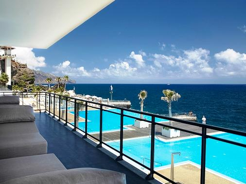 Vidamar Resort Madeira - Half Board Only - Funchal - Balcony