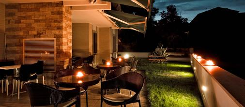 Ecohotel - Rome - Balcony