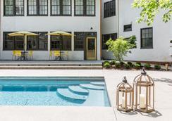 Oakhurst Inn - Charlottesville - Pool