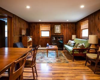 Phoenicia Lodge - Phoenicia - Living room