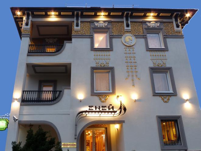 Eney Hotel - Lviv - Building