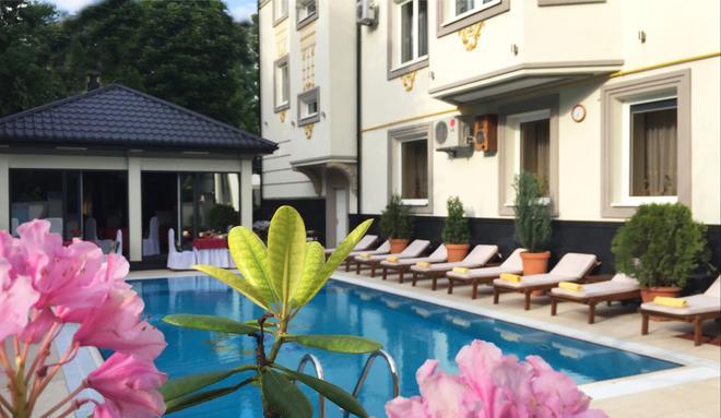 Eney Hotel - Lviv - Pool