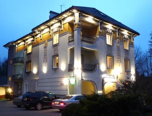 伊內酒店 - 利沃夫 - 利沃夫 - 建築