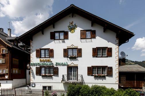 Hotel Frisal - Breil/Brigels - Building