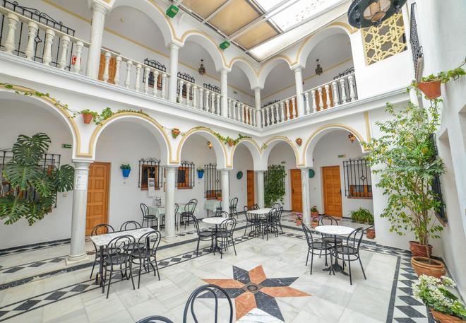 Los Omeyas - Córdoba - Patio