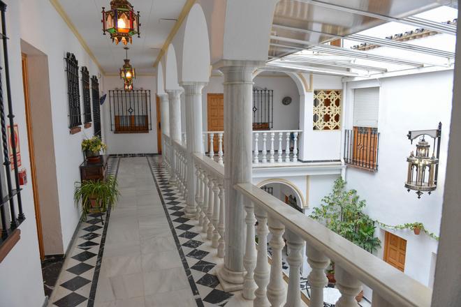 Los Omeyas - Córdoba - Hallway