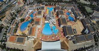 Club B by BH Mallorca - Adults Only - Magaluf - Outdoor view