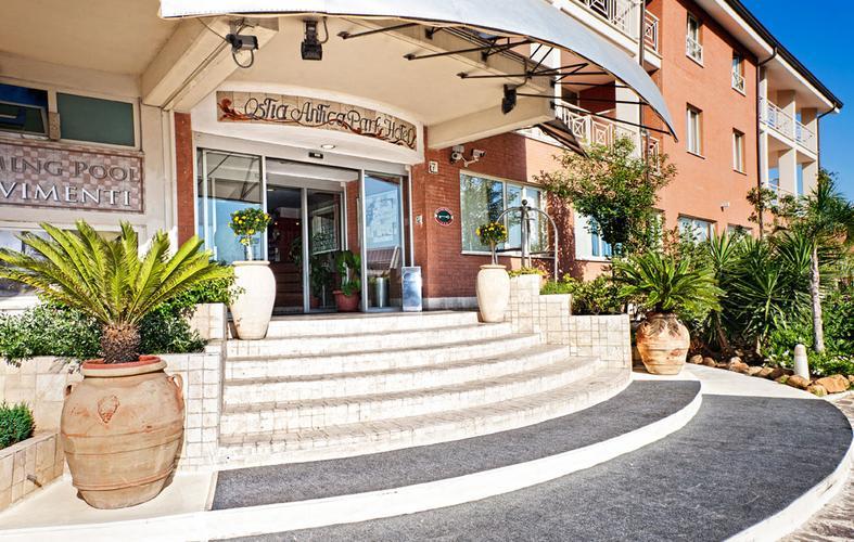 Materassi Ostia Antica.Ostia Antica Park Hotel Da 30 Hotel A Roma Kayak