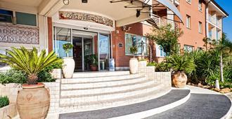 Ostia Antica Park Hotel - Roma - Edificio