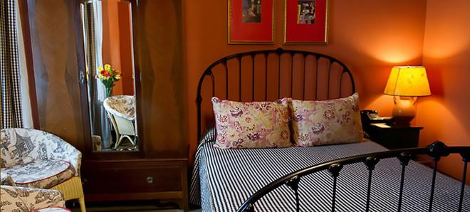 Hotel Boheme - San Francisco - Bedroom