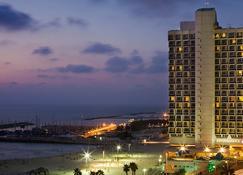 Renaissance Tel Aviv Hotel - Tel Aviv - Building