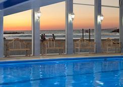 Renaissance Tel Aviv Hotel - Tel Aviv - Bể bơi