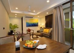 The Somerset Hotel - Malé - Living room