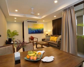 The Somerset Hotel - Malé - Sala de estar