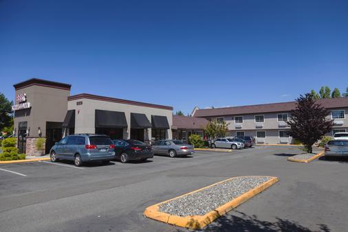 Best Lynnwood Inn - Lynnwood - Building