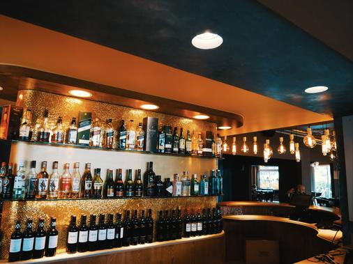 The Aviator Hotel Or Tambo International Airport - Kempton Park - Bar