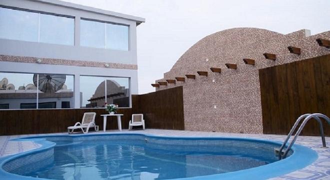 Bahrain Carlton Hotel - Manama - Pool